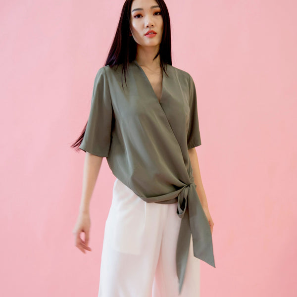 Canvas Alice Wrap Top in Olive