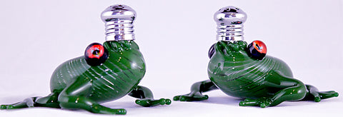 Frogs Glass Salt & Pepper Shakers