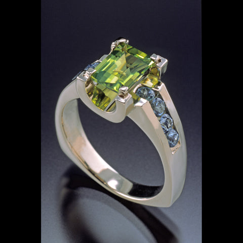 Monet Ring in Peridot/Swiss Blue Topaz