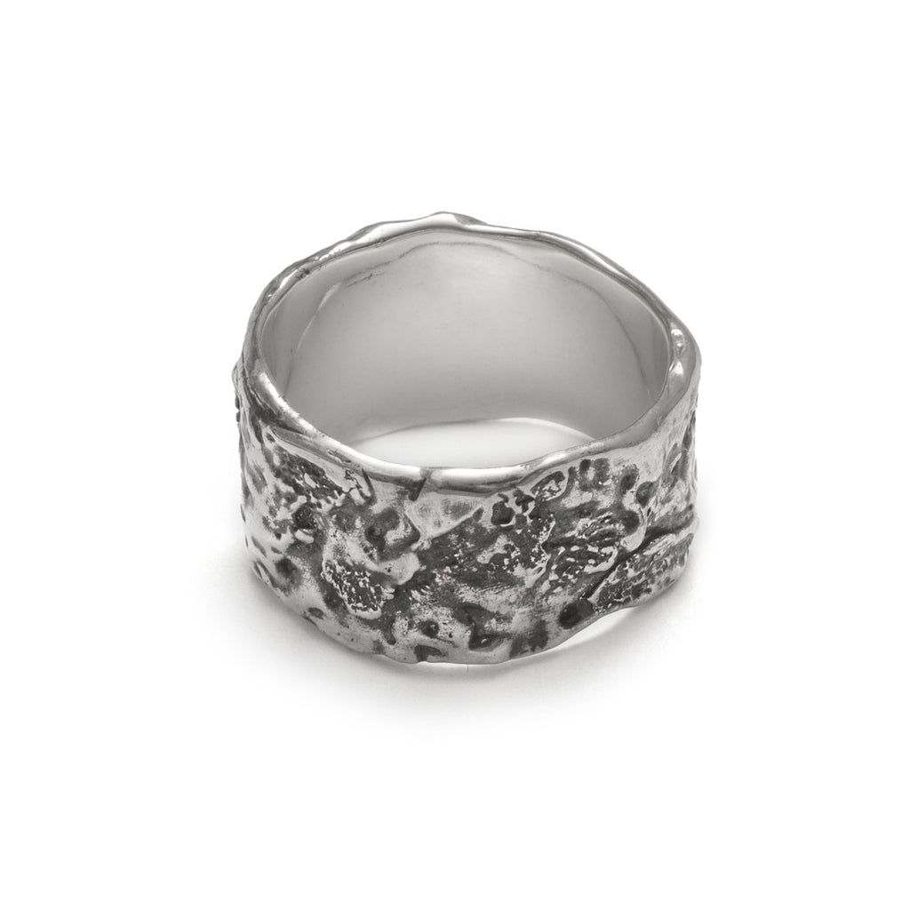 Tremor Ring