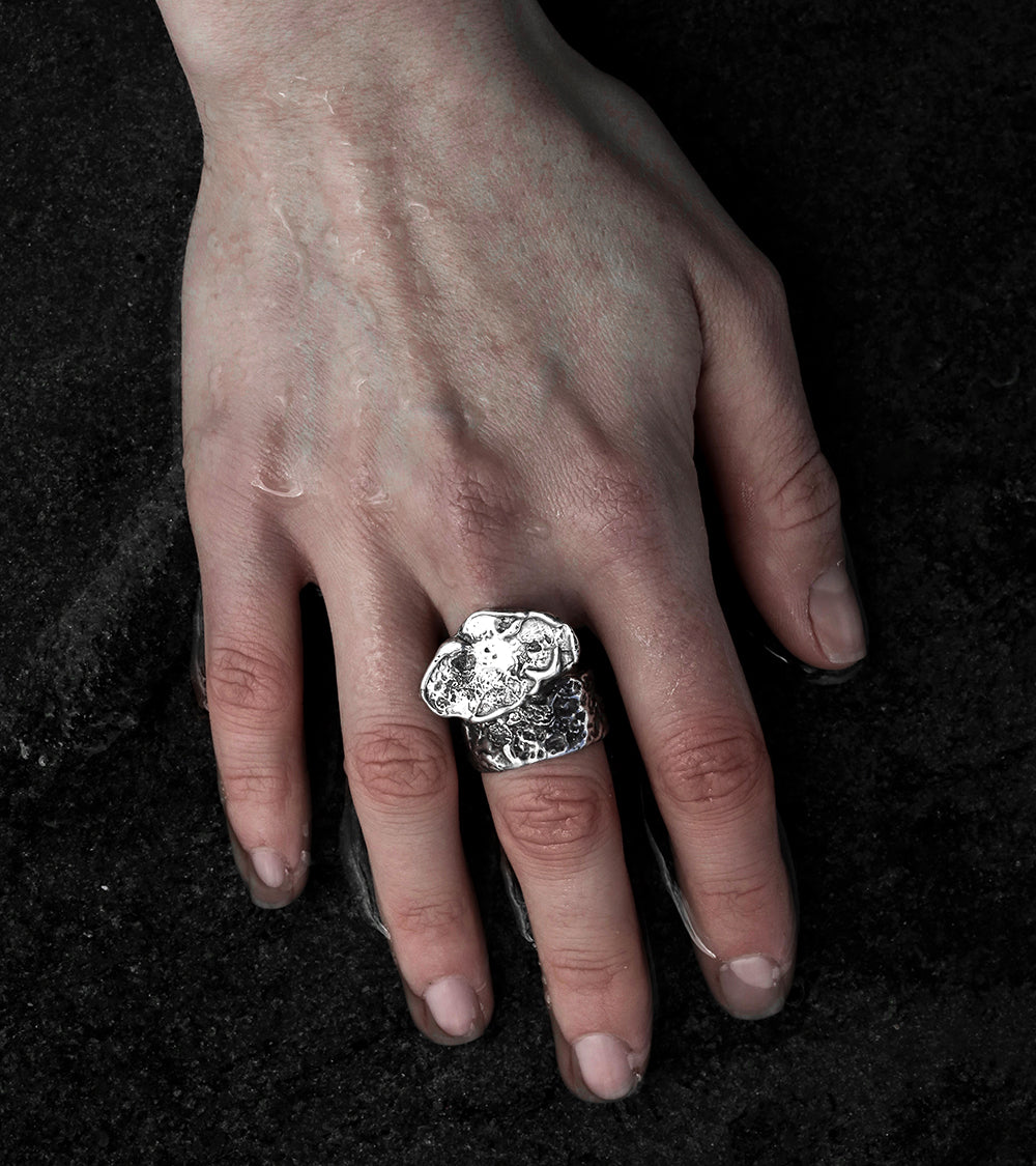 Alicia Hannah Naomi - Sterling Silver Currents Signet Ring Tremor Texture - Undertow Collection - Image by Reece Hobbins