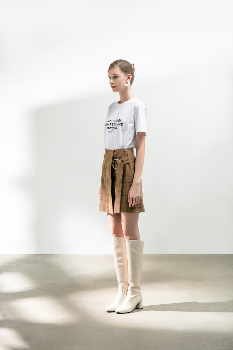 Skirt With Metal Ring Belt