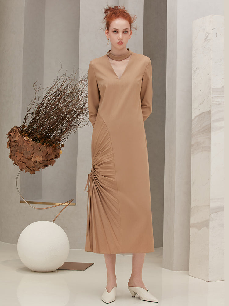 Pleats Panelled V-neck Dress