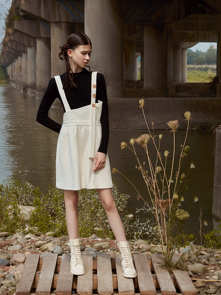 CONTRAST BUCKLES PUFFY STRAP DRESS