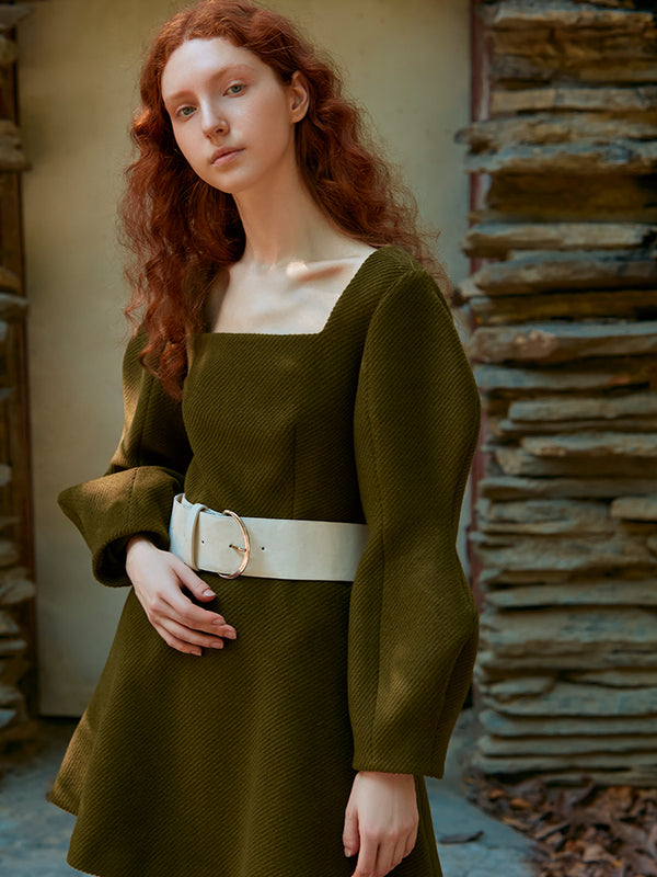 SQUARE COLLAR DRESS WITH CUVERD SLEEVE