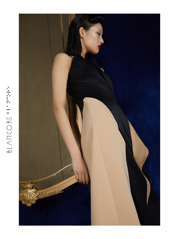 THREE-DIEMENSIONAL PLEATED SUSPENDER DRESS