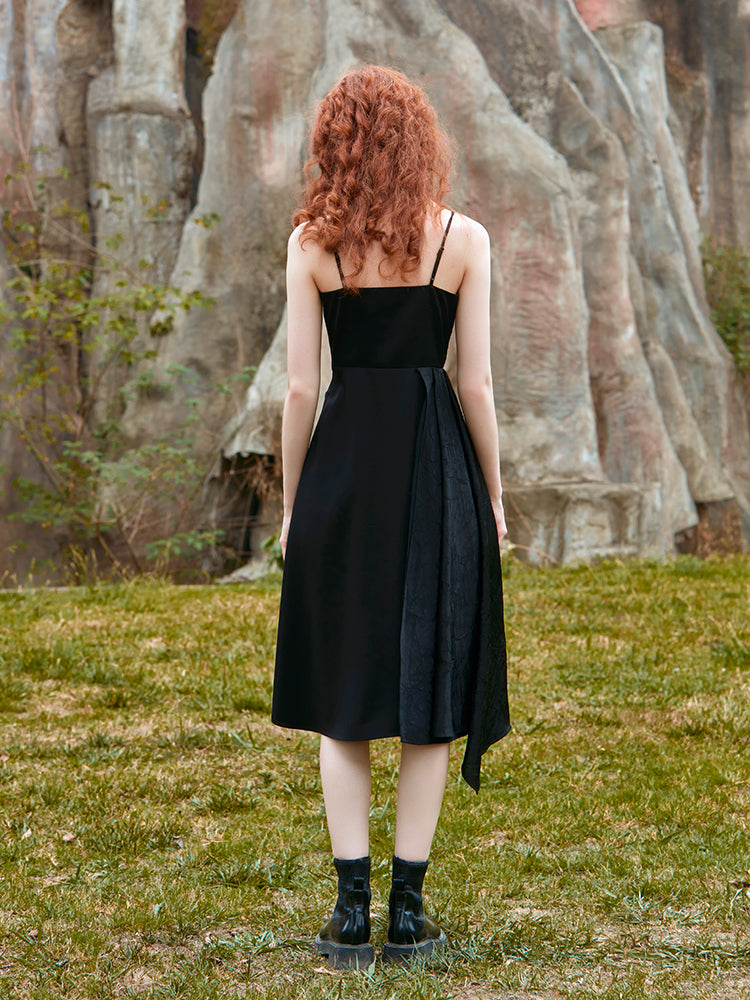 FOLDED SUSPENDER PANEL DRESS