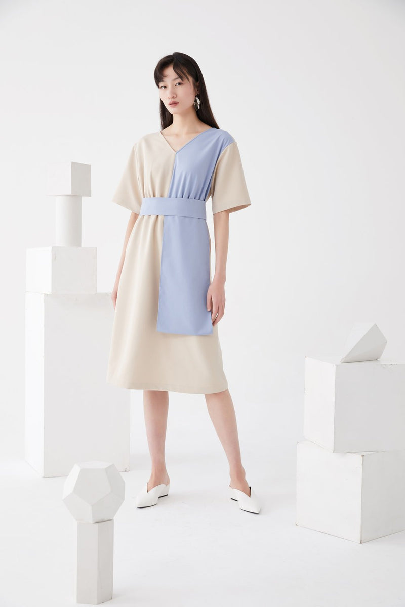 Color Block 3D Fold Dress - BLANCORE