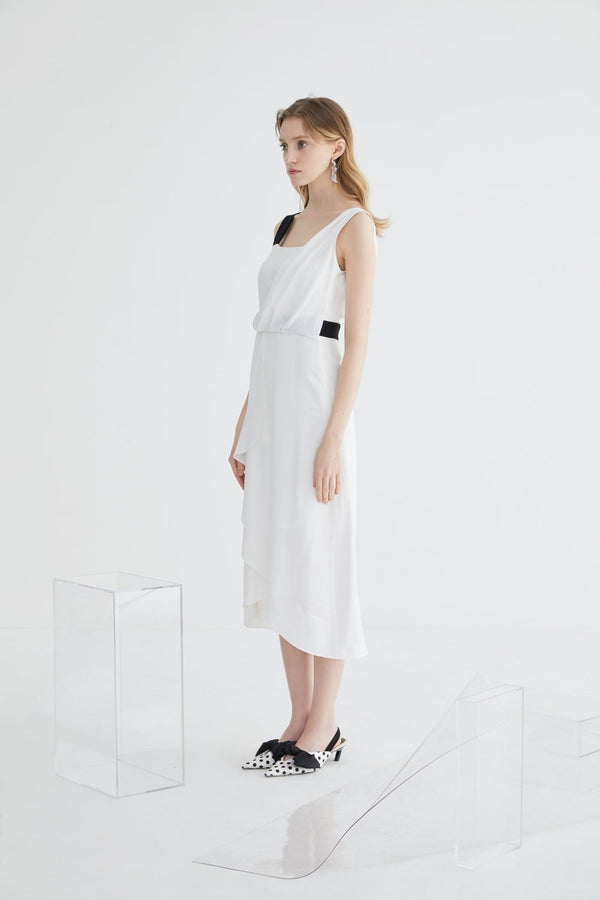 Color Block Dress with Fold Detail - BLANCORE