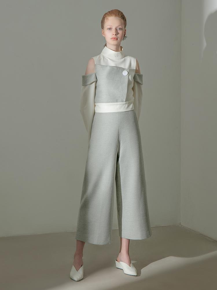 Geometric Standing Collar Top - BLANCORE
