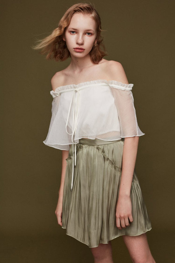 Off-Shoulder Cropped Top with Tie - BLANCORE