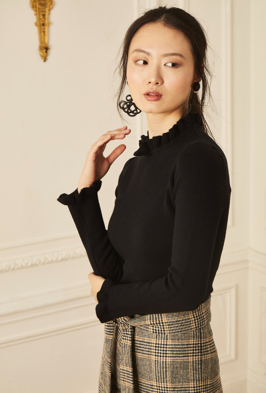 Ruffle Neck Sweater - Black