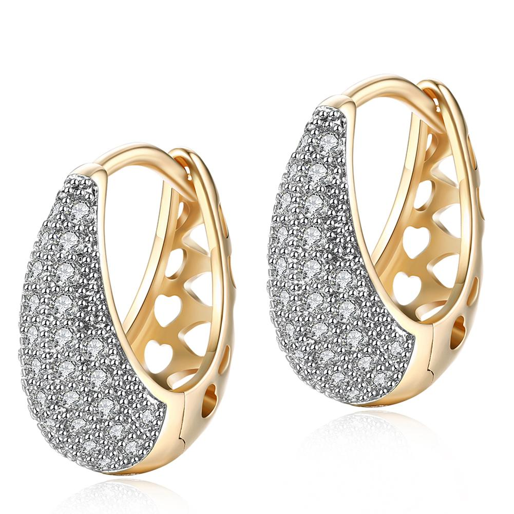 26 Stone Teardrop Pave Huggie Earringin 18K White Gold Plated