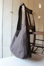 Load image into Gallery viewer, Cambridge - linen crossbody bag