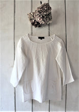 Load image into Gallery viewer, Alice - linen top with pintucks detail and pockets
