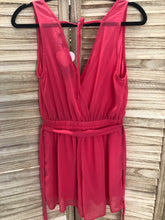 Load image into Gallery viewer, Delido Coral Romper