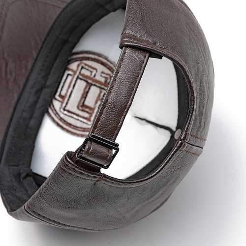 Men Women Earmuffs Artificial Leather Badge Baseball Cap