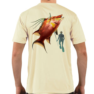 Diver with Hogfish Snapper Vapor Dri Fit - Pale Yellow