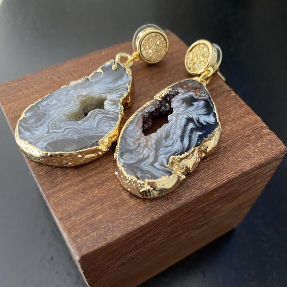Druzy Agate Slice Dangle Earrings-Nine Zen