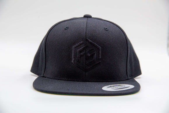 FitStrong Snapback (Black-Out) - FitStrong Supplements