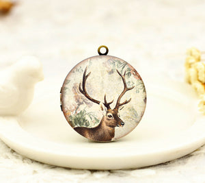 Vintage Reindeer Head Charm Locket Necklace