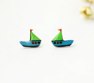 4pcs (2 pairs) Mini Resin sailboat Earrings,  sailboat Charms,   Boat Pendant, Perfect for Stud Earring - YED015T