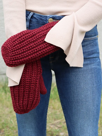 *New* Burgundy Mittens