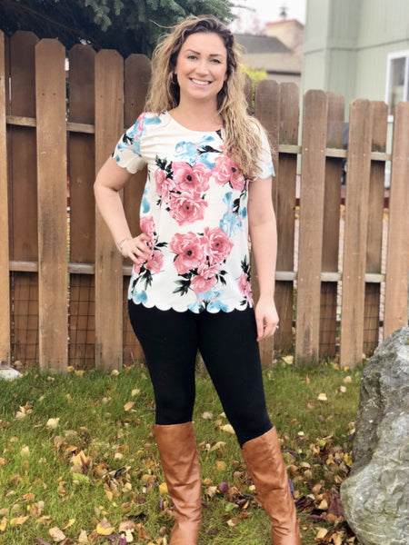 Scallop Floral top - Araly's Boutique