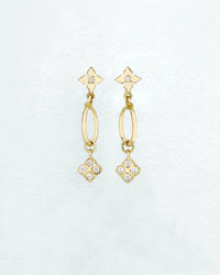 Medium-Clover Cirque Fleur Earrings
