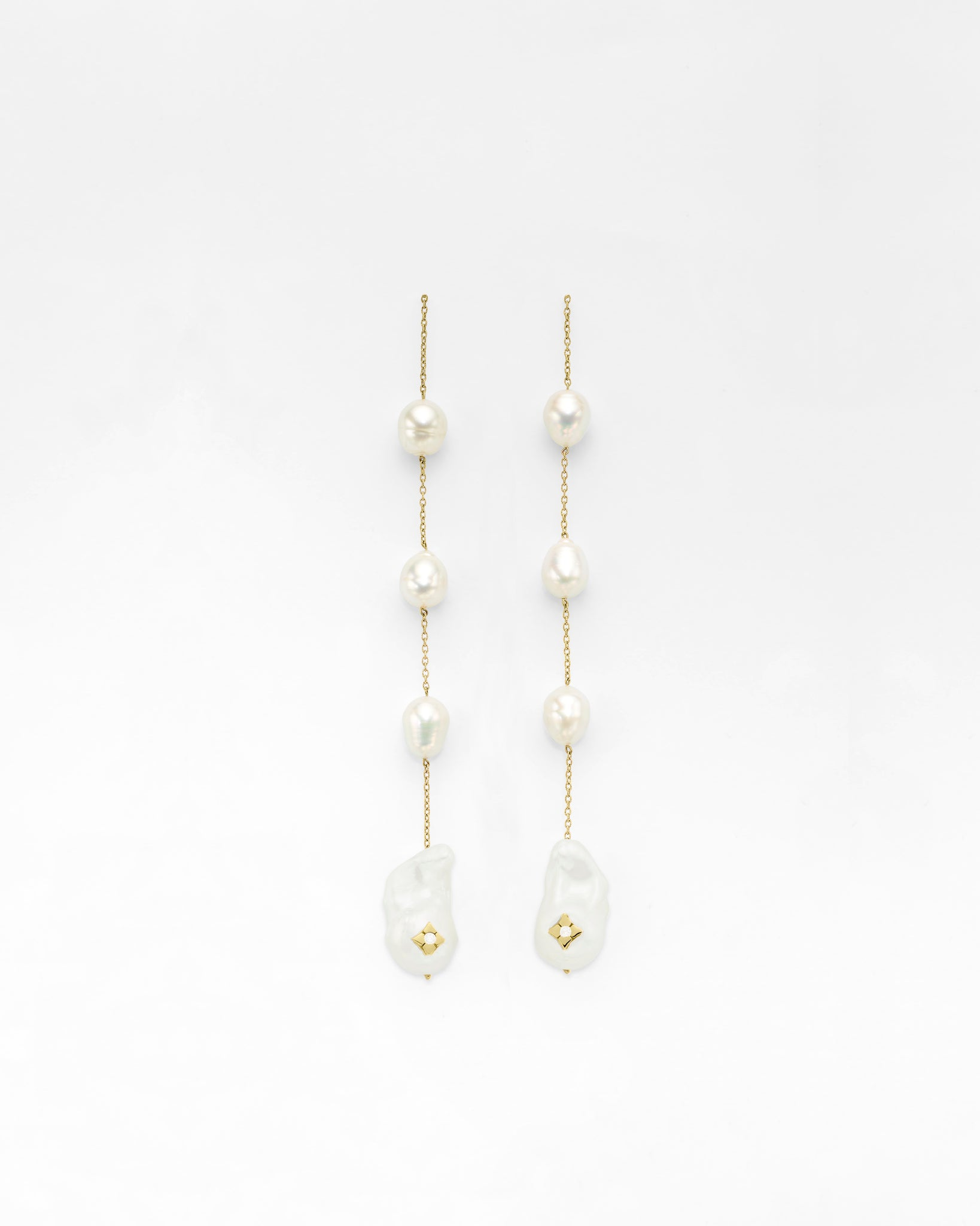 Shoulder Duster Clover Inlay Quad Pearl Earrings