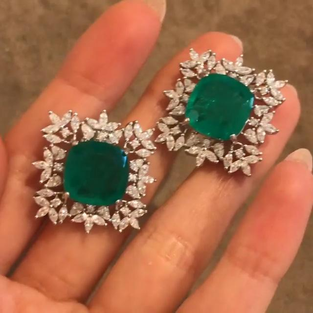 2c5822aff 4.65 CT Cushion Cut Green Sapphire Sterling Silver Stud Earring –  ZokieJeweLry