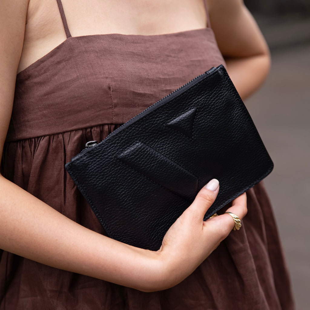 Vanessa Flat Pouch - Black - SLIGHTLY IMPERFECT - VESTIRSI