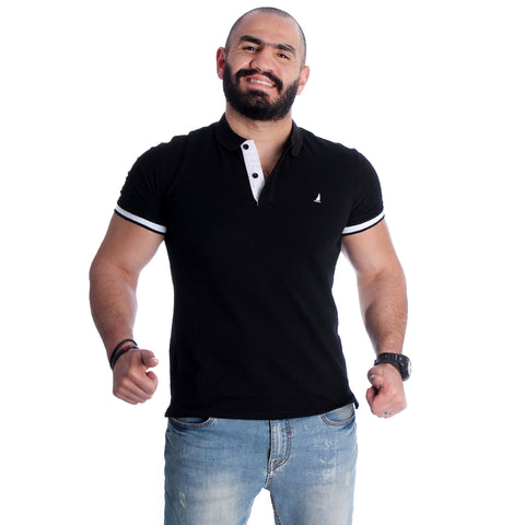 Men Black Solid Polo Collar T-shirt -7010