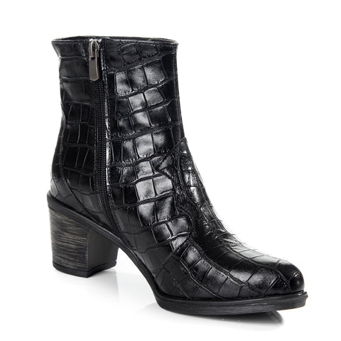 Women winter boots / genuine leather 100 % -6097