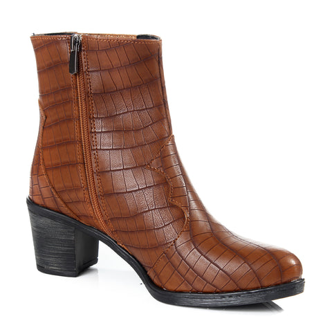 Women winter boots / genuine leather 100 % -6098