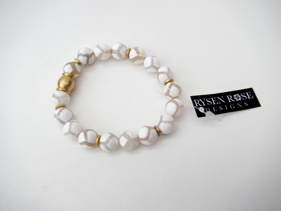 Agate White Diamonds With Gold