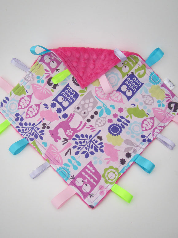 Owl & Friends & Pink Taggy Blanket