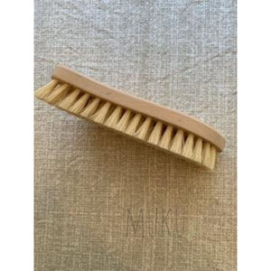 SCRUBBING BRUSH - physical