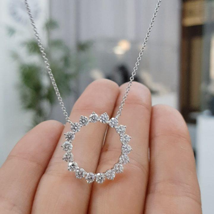 3.2 CT Round Brilliant Lab-created Diamond Necklace Pendant in 925 sterling Silver