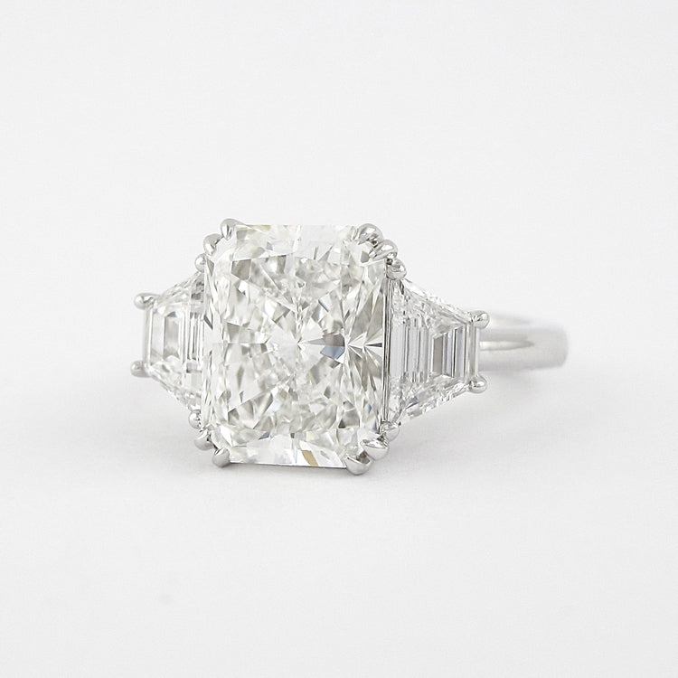 10 Ct Radiant Cut Engagement Ring
