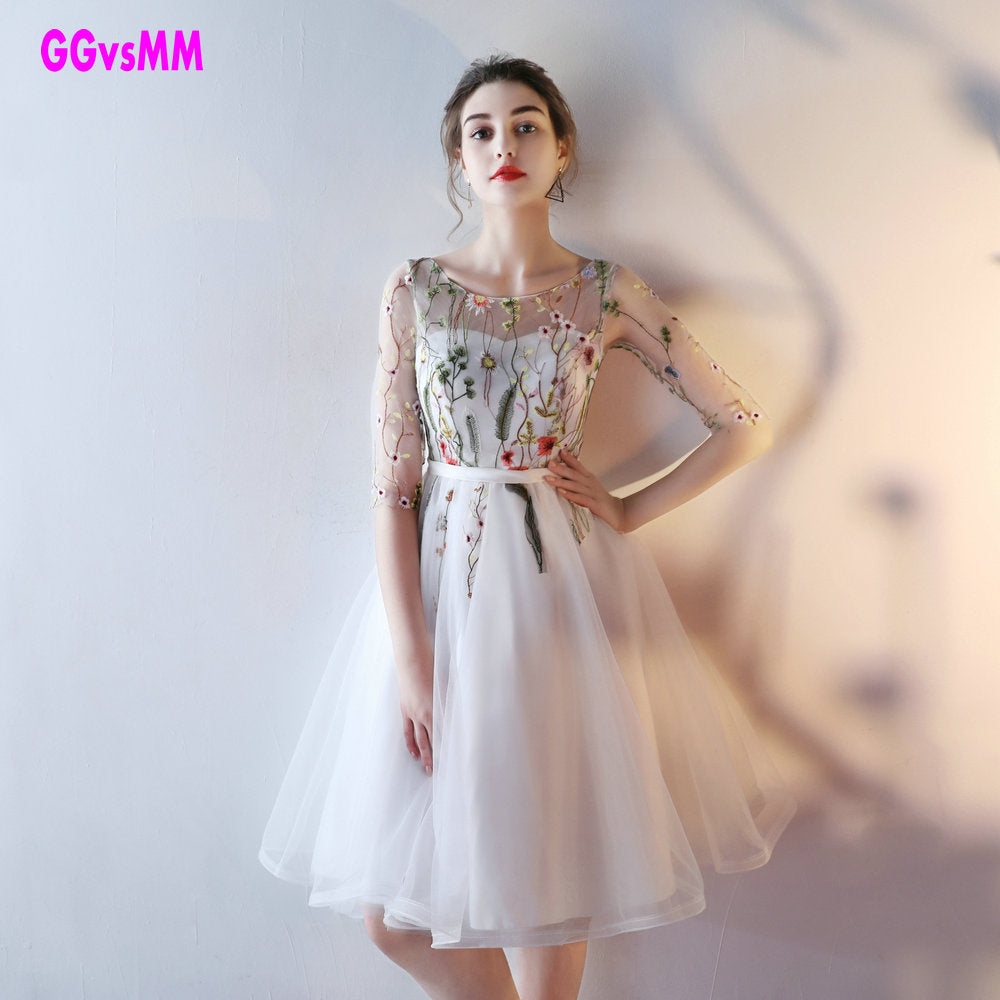 Fast Shipping Cheap Women Ivory Short Prom Dresses 2018 Sexy Black Prom Dress Scoop Tulle Embroidery Lace Up Evening Party Gown