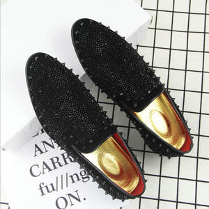 2018 Fashion Men dress shoes PUNK rivet Rhinestone Black Party Wedding Shoes  Pointed toe flats Driving Shoes Loafers LE-20