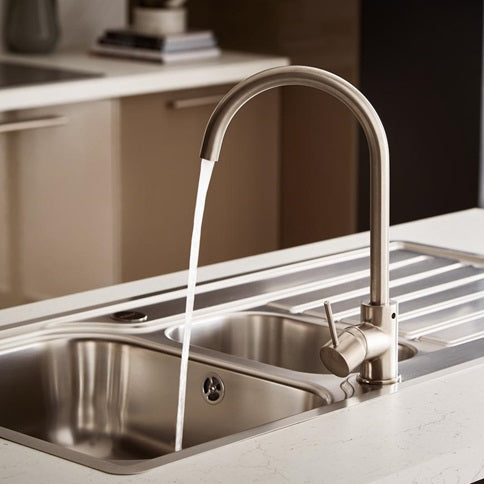 Lamona Brushed Steel Effect Alvo swan neck single lever tap (TAP3410)