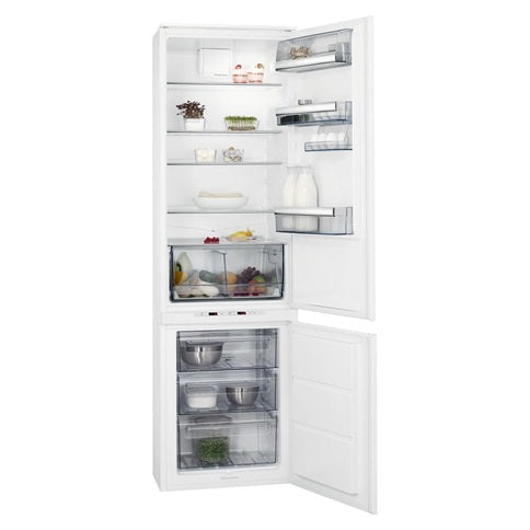 AEG Integrated Fridge Freezer 70/ 30 (HAG6302)