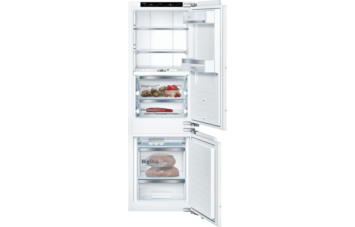 Bosch Serie 8 KIF86PF30 Built In 70/30 Fridge Freezer