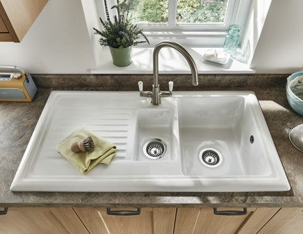 Lamona White Ceramic 1.5 Bowl Sink and Waste