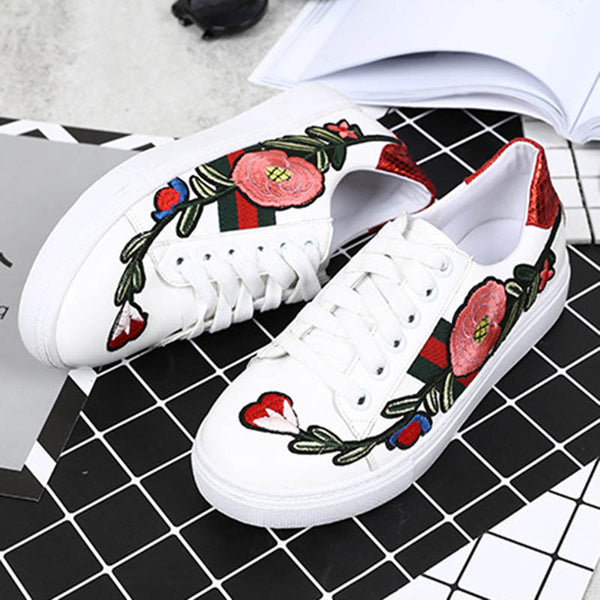 Floral Embroidery Platform Lace-Up Women's Flats