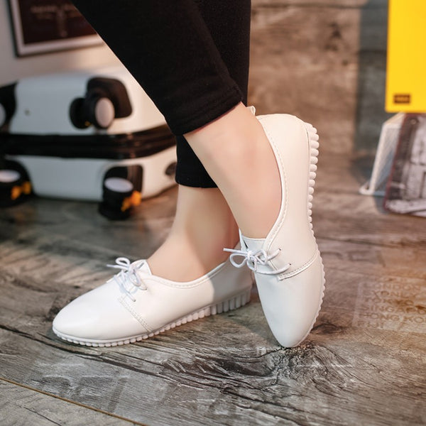 Pointed Toe Canvas & Sneaker