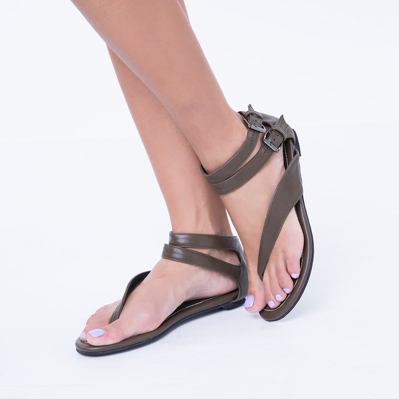 Black Buckle Thong Flat Sandals