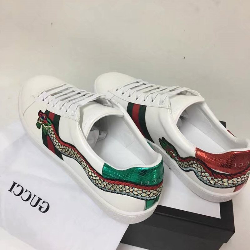 Appliques Stripe Animal Casual Sneakers